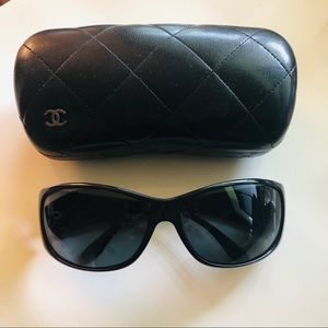 Chanel Black Sunglasses 5087-H